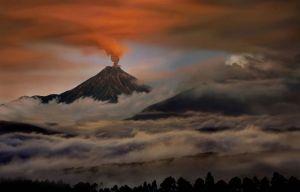 volcano-erupting-clouds-935